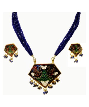 Triangular Shape Necklace and Earring Jewelry Set