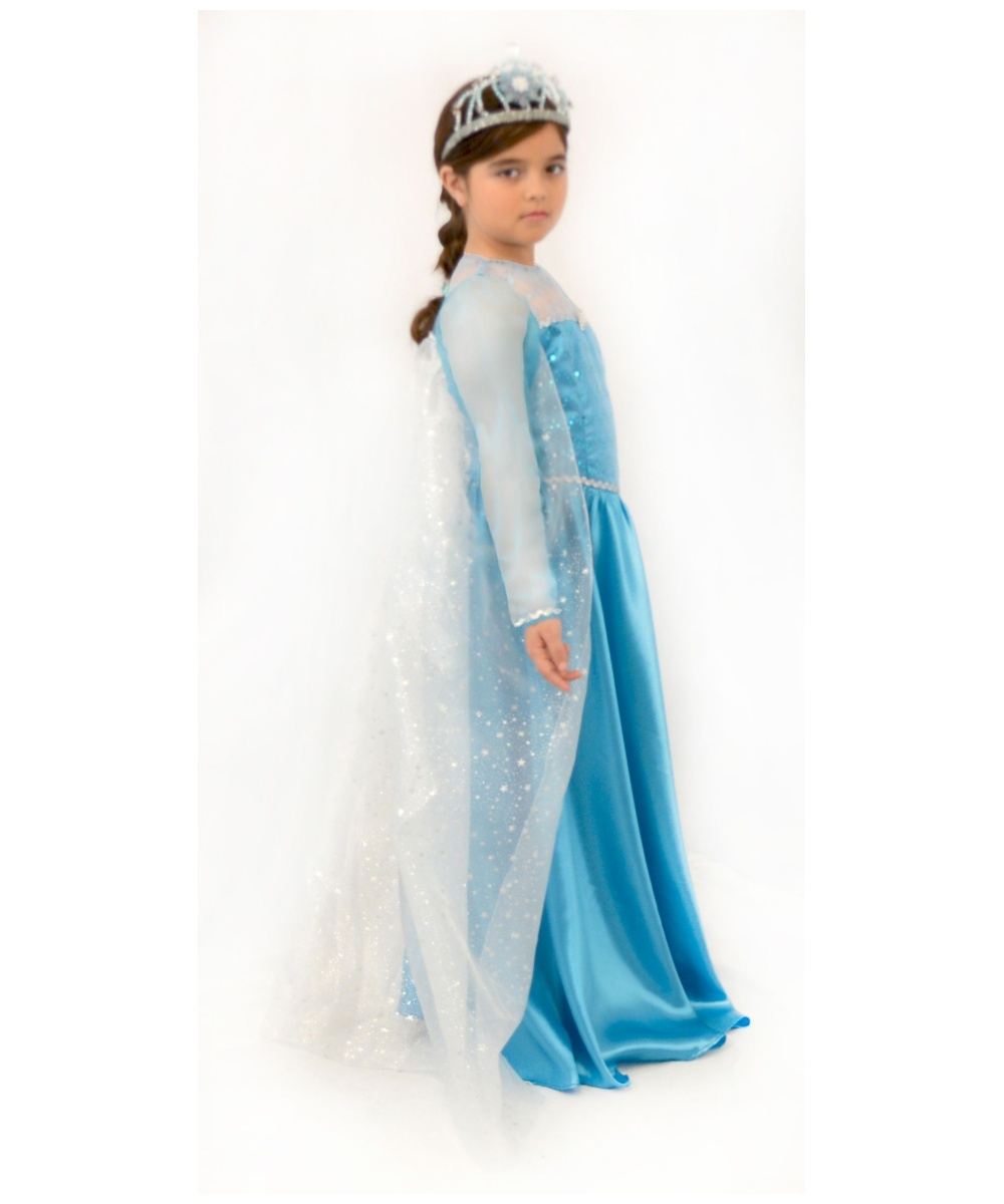 elsa girls Elsa and rapunzel are ready for the biggest adventure of their life do you want to know why elsa and rapunzel college girls.
