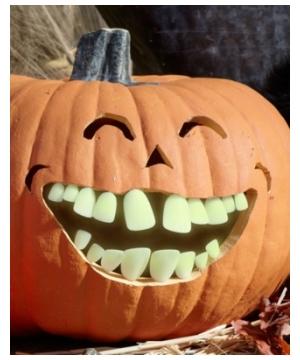Glow in the Dark Buck Pumpkin Teeth