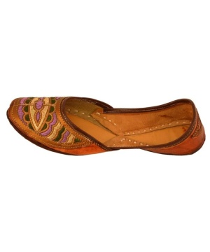 Handcrafted Women's Artisan Slippers